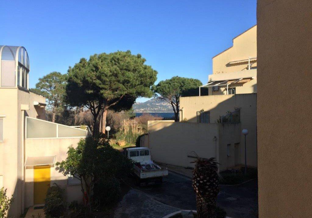 2103 Blick vom Balkon Winter